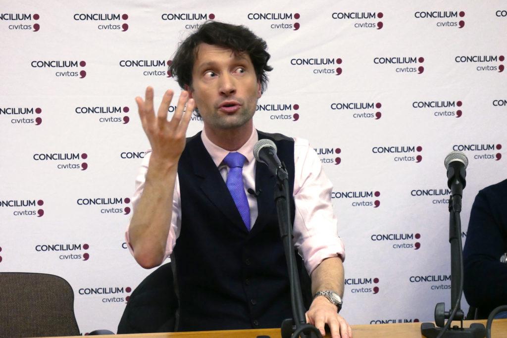 Michał Kosiński 20 grudnia 2019 wykład dla Concilium Civitas foto Włodek Ciejka zapis wideo